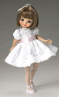 New modern Betsy McCall doll