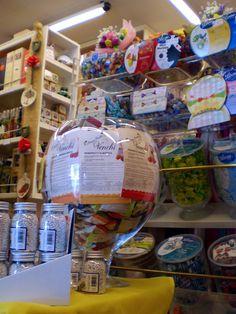 ACER Bottega via Manin 16 | Udine tutta per me | Vivere e fare shopping in centro a UdineUdine tutta per me | Vivere e fare shopping in centro a Udine #bottega #liquori #dolci http://udine.tuttaper.me/lifestyle/acer-via-manin-16/