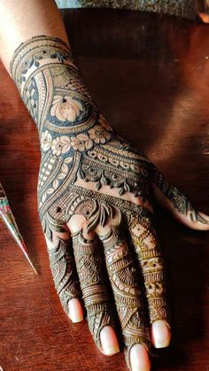There are different rumors about the history of the wedding dress; Traditional Mehndi Designs, Indian Henna Designs, Mehndi Designs Feet, Latest Bridal Mehndi Designs, Mehndi Designs 2018, Modern Mehndi Designs, Henna Art Designs, Mehndi Design Pictures, Wedding Mehndi Designs