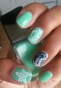 Who would want a traditional french manicure when you can rock fab nails like these at your wedding?! #nails #funky #fabulous
