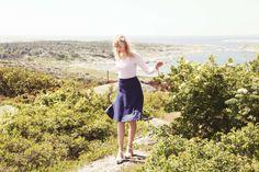 Mimmi dress Midi Skirts, Dresses, Fashion, Vestidos, Moda, Fashion Styles, Midi Skirt, Dress, Fashion Illustrations