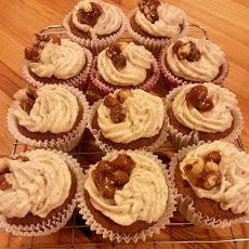 Hazelnut Praline Coffee Cupcakes