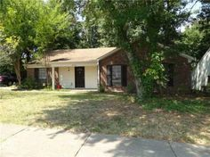 MUST SEE Home in Memphis ~ Renovations Thru Out