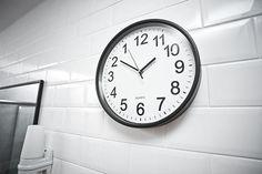 Un produs recomandat din colectia de Cadouri pentru Burlacite - Ceas Invers pentru a piede notiunea timpului cu tot ceea ce e legat de nunta  #incrediblepunctro #cadou #cadouri #nunta #burlacite #chefburlacite #cadouripentruburlacite #ceas #ceasinvers Clock, Wall, Home Decor, Watch, Decoration Home, Room Decor, Clocks, The Hours, Interior Decorating