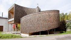 Спиральный дом.  Автором данного проекта является Олави Копос (Olavi Kopose), а само здание находится в городке Эспоо, в Финляндии. Оно имеет площадь в 231 квадратный метр