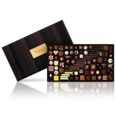 For Christmas chocolates and gifts, look no further than Hotel Chocolat. Types Of Chocolate, Chocolate Art, Chocolate Treats, Chocolate Truffles, Chocolate Boxes, Hotel Chocolate, Luxury Chocolate, Chocolate Packaging, Party Centerpieces