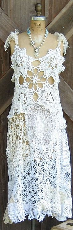 vintage crochet lace dress.. Love