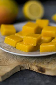 Mango fruit gum sugar free and vegan Food Empire - Mango sugar free fruit gum - Healthy Blender Recipes, Vegan Recipes, Vegan Sweets, Healthy Sweets, Vegan Food, Healthy Deserts, Mango Fruta, Sugar Free Fruits, Fruit Gums