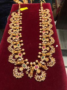 Black And Gold Jewelry Key: 6158053800 Indian Wedding Jewelry, Bridal Jewelry, Beaded Jewelry, Silver Jewelry, Indian Jewelry, Diamond Jewelry, Gold Jewelry Simple, Gold Jewellery Design, Cz Jewellery