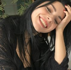 Merve Nurbanu Sultan, India Eisley, Meryem Uzerli, Beautiful Smile, Face Claims, Pretty Face, Makeup Inspiration, Equality, Aesthetics