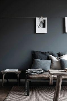 black / grey / linen / vintage stool / vintage bench // noir gris / lin / banc tabouret vintage
