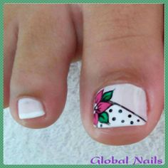 But make the flower a poinsettia Toenail Art Designs, French Manicure Designs, Pedicure Designs, Work Nails, Us Nails, Pedicure Nail Art, Toe Nail Art, Karma Nails, Pretty Toe Nails