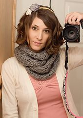 Ravelry: Chunky Circle Scarf pattern by Lindsi (People Webs)