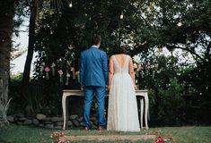 Fotografía de matrimonios   bodas al aire libre   fotógrafo de matrimonios en Chile Lace Wedding, Wedding Dresses, Ideas Para, Chile, Fashion, Outdoor Weddings, Pictures, Bride Dresses, Moda