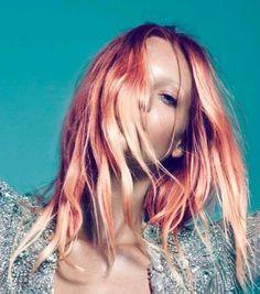 I really want peach hair