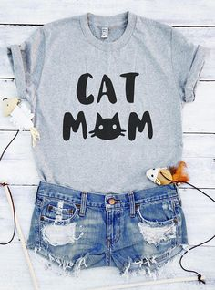 ba022be08ea7 Cat mom shirt cat gifts funny tee shirt cat tshirt mom gifts women graphic  t shirt cat lover gift for mother gifts shirt cute gifts birthday