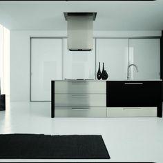 Cucina isola interamente nuova, made in Italy rientrante da set fotografico.
