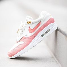 """official photos c3f51 d685b Sam van IJzendoorn on Instagram  """"The Handcrafted Air max 1 Pink Python  will be available in a few hours (in very limited quantity) This shoe is  made out ..."""