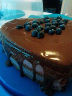 #leivojakoristele #mitäikinäleivotkin #täytekakku Kiitos Irene