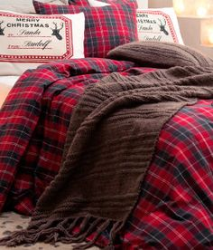 Cozy Christmas bedding