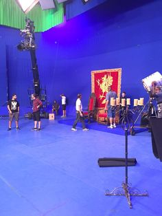 Lee J Buckley ‏@leejbuckley :  Blue screen day today. #OnceUponATime #ouat #technocrane #BCfilm #setlife