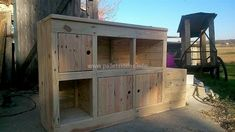 Here is an idea of creating huge entryway furniture made up of wood pallets; you can see there are a few hollow places; while others are covered with a door. The hollow places can be used for placing the decorative items to enhance the look of the area where it is placed.
