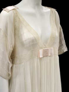 Nightdress  Lucile, 1913  The Victoria & Albert Museum