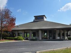 Mansfield (OH) Best Western Richland Inn-Mansfield United States, North America Best Western Richland Inn-Mansfield is perfectly located for both business and leisure guests in Mansfield (OH). Both business travelers and tourists can enjoy the hotel's facilities and services. To be found at the hotel are 24-hour front desk, facilities for disabled guests, luggage storage, Wi-Fi in public areas, car park. All rooms are designed and decorated to make guests feel right at home, a...