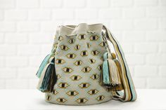 Chila Bags Mini Chaman Bag - Mini Chila Bags collection, the perfect mix of exotic and chic. Mint Background, Round Bag, All About Eyes, Medium Bags, Boho, Bucket Bag, Purses And Bags, Hand Weaving, Shoulder Strap
