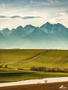 Do Tatier jar zavítala Rhine River Cruise, High Tatras, Tatra Mountains, Europe Holidays, What A Beautiful World, Heart Of Europe, Heritage Site, European Travel, Amazing Nature