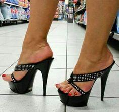 Black Strappy High Heels, Very High Heels, Hot High Heels, Platform High Heels, Sexy Sandals, Bare Foot Sandals, Gorgeous Feet, Beautiful Shoes, Beautiful Women