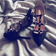 """411 """"Μου αρέσει!"""", 1 σχόλια - styliciouss Life (@styliciousslife) στο Instagram: """"Go high with your heels❗❗ . Shoes : @primark .…"""""""