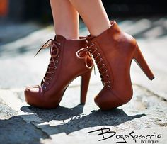 Shoes Walk In My Shoes, Walking, Booty, Ankle, Clothes For Women, Heels, Fashion, Hipster Stuff, Outerwear Women