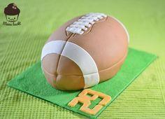 American_Football_Kuchen  #americanfootball #footballcake #football #awesomecake #americanfootballcake