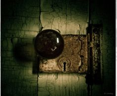 Old, creepy door. Knobs And Knockers, Knobs And Handles, Door Knobs, Door Handles, Scary Art, Creepy, Shades Of Black, Stairways, Decoration