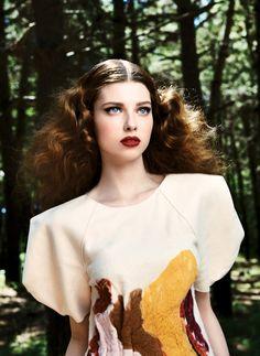 Anna Zasada + Carolina Backman : Harper's Bazaar Turkey