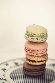 macaroons: i'm going to be getting some tomorrow morning. :)