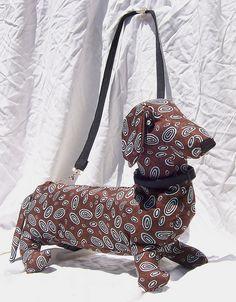 dachshund purse..For @Danielle Cassotta