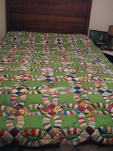 Hand Quilted Vintage Double Wedding Ring Quilt full size Double