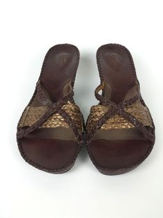 47780ce28bfbe0 Clarks Artisan Brown Leather Slip On Comfort Wedge Heels Sandals Shoe 8.5 M   Clarks