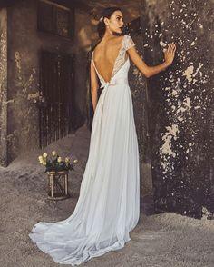 Elbeth Gillis 2017 Collection: Luxury | SouthBound Bride | http://www.southboundbride.com/elbeth-gillis-2017-collection-luxury