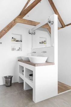 small bathroom decor ideas for saving space organizing and decorating your bathroom explore tips inspiration and photos to decorate your bathroom and