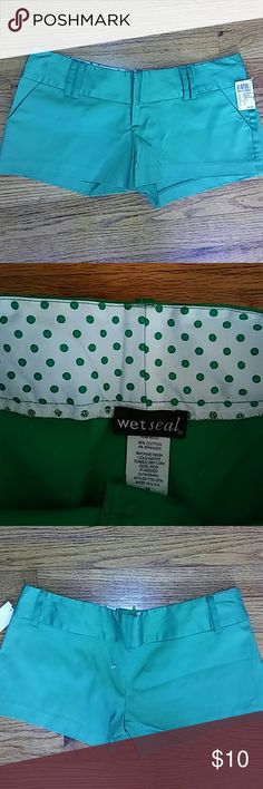 New Wet seal shorts Nwt; wet seal green color very short booty shorts; size medium; 96% cotton & 4% spandex; just adorable Wet Seal Shorts