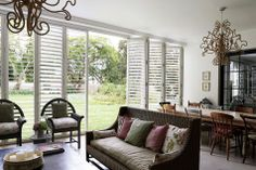 If you're looking for inspiration for your living room or patio, here are … examples for luxurious indoor-outdoor rooms … Outdoor Living Areas, Outdoor Rooms, Living Spaces, Security Shutters, Mcm House, Indoor, Interior, Design, Home Decor