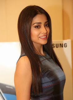 Shriya Saran Showcasing Her Silky Smooth Sexy Legs At Samsung Galaxy S7 Launch In Hyderabad