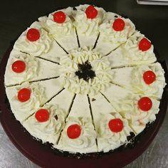 Pie, Desserts, Food, Fine Dining, Torte, Tailgate Desserts, Cake, Deserts, Fruit Cakes