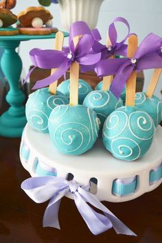 Cake Pops for a Little Mermaid Birthday Party Little Mermaid Baby, Little Mermaid Birthday, Little Mermaid Parties, Mermaid Cake Pops, Mermaid Cakes, Jasmine Party, Mermaid Baby Showers, First Birthday Parties, Cake Birthday