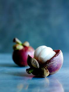 Mangosteen: These fruits are in season in April & May. How to open &…