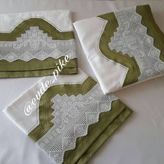 Pike Örnekleri ve Dantel Pike Modelleri 51 Viking Tattoo Design, Viking Tattoos, Sunflower Tattoo Design, Homemade Beauty Products, Foot Tattoos, Counted Cross Stitch Patterns, Filet Crochet, Tattoo Models, Knitting Stitches