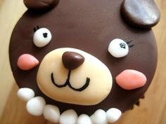 mama bear cupcake <3    #mamabearcupcake #bearcupcake #thechubbybunnycupcake #thechubbybunny